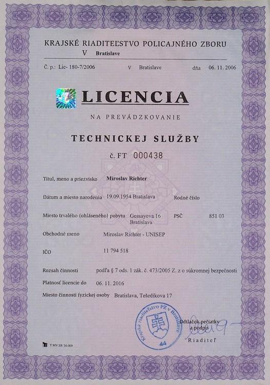 Licencia_FT000438.jpg, 122kB